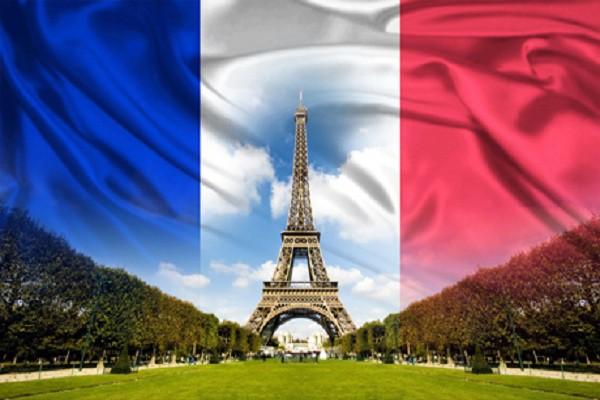 Куда лучше всего поехать изучать французский язык?