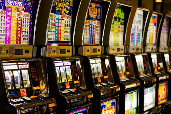 Игровые автоматы от фирмы Плейтек. Чем видеослоты смогут удивить азартных игроков