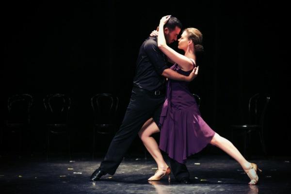 Худеть в ритме сальсы: латиноамериканские танцы вместо фитнеса
